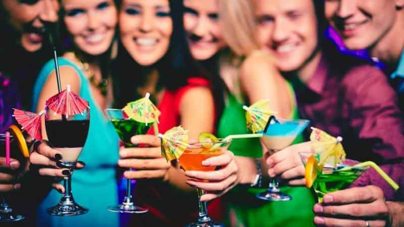 ブログに使える心理学その5『カクテルパーティー効果』